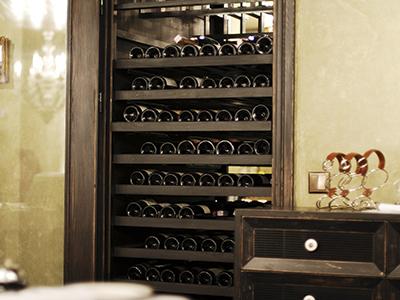 Хранение бутылок вина и винные шкафы