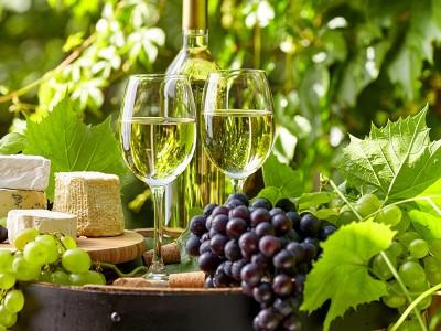 Как сделать домашнее вино?