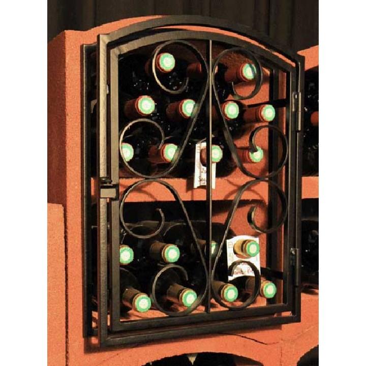 Кованная дверь для блоков с вином