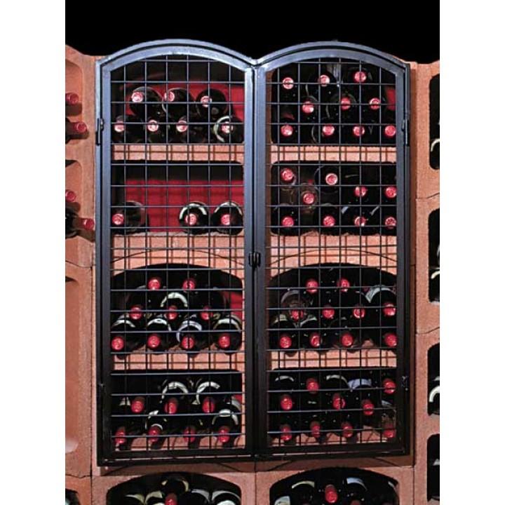 Большая кованная дверь для блоков с вином